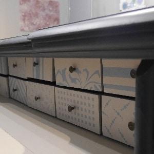 MOB.021 Cassettiera scrittoio in legno massiccio