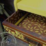mob036-toiletta-gialla-decorata00