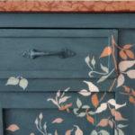 mob061-comodino-in-legno-dipinto-a-mano00